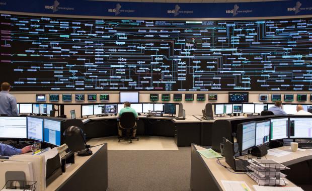 Control room of grid operator ISO New England, Holyoke, Massachusetts Photo: © ISO New England